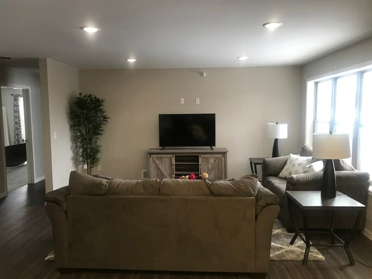 3 Bedroom Empire Custom Townhomes Rental Property
