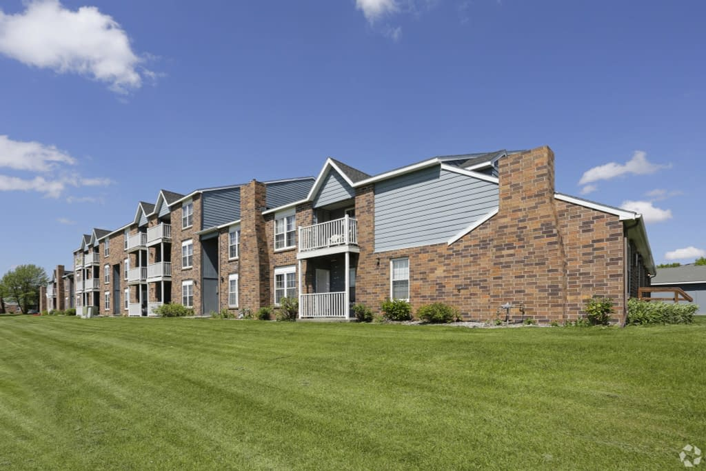 2 bedroom Apartments for lease Grand Forks