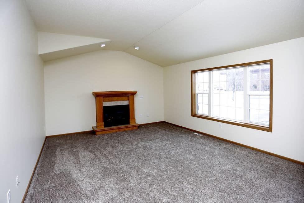 South Hampton Townhomes for Lease 2 bedroom with garage