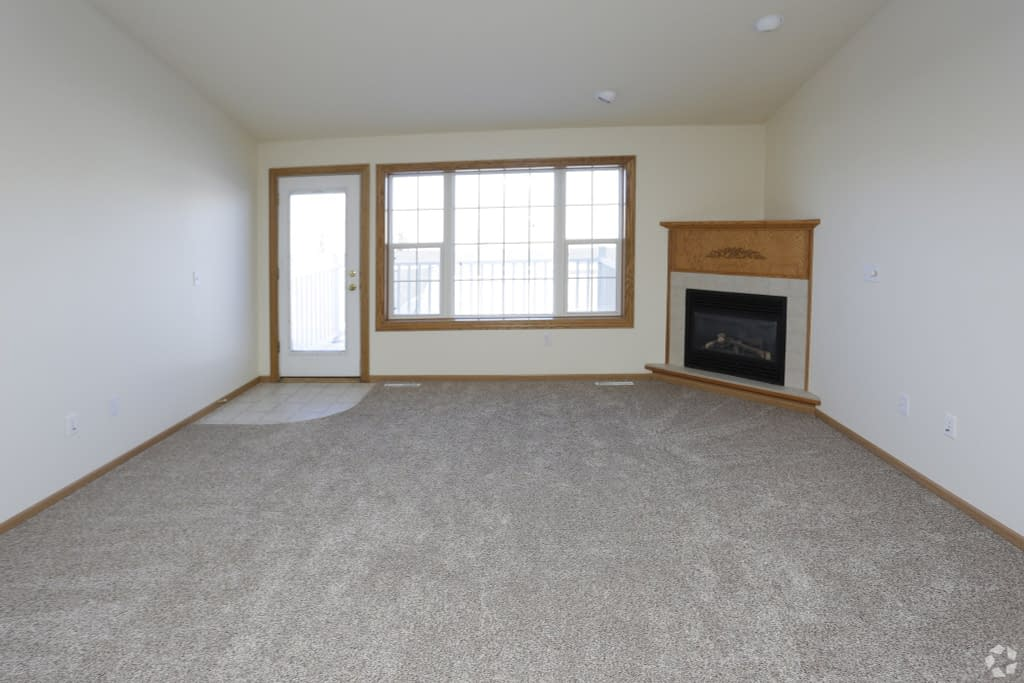 7south-hampton-townhomes-grand-forks-nd-interior-photo